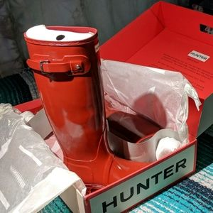 HUNTER Rain Boots tall glossy Military Red